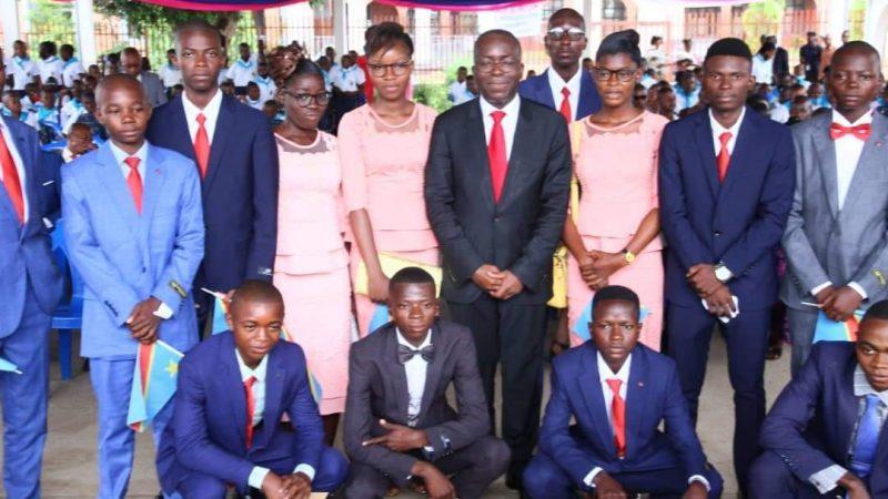 RDC : REMISE DES BOURSES AUX MEILLEURS ÉLÈVES DU COMPLEXE SCOLAIRE MAPON