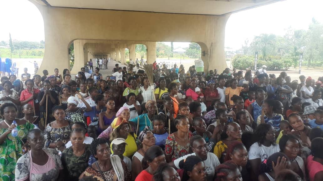Kinshasa: deuxième coup des balais à la place échangeur de limete Éditorial7.net
