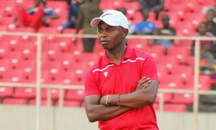 """Foot:le DCMP """"perd"""" son entraîneur Isaac NGATA"""